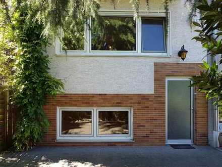 Große Wohnung auf zwei Etagen mit Terrasse