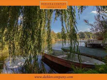 "Impressive lake property in the neighborhood of ""Krongut Bornstedt"""