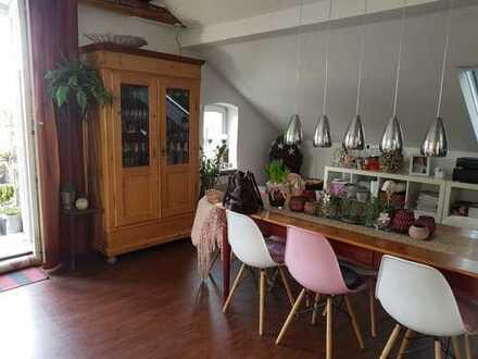 780 €, 109 m², 3 Zimmer