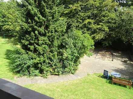Genießen Sie den Blick ins Grüne! 3-Zimmer-Wohnung mit Balkon in Huckingen.