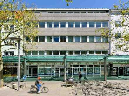 Praxis/- oder Büroräume i.d. Fußgängerzone, Fahrstuhl und Tiefgarage.