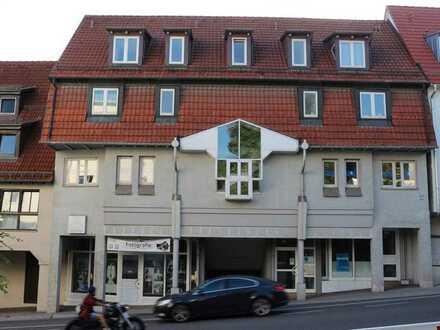 Kleine variable Ladeneinheit für Büro oder Einzelhandel in der Leonberger Altstadt.