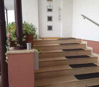Freundliche, vollständig renovierte 4-Zimmer-Erdgeschosswohnung in Kleinheubach