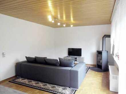 *VOLL MÖBLIERT!* - schicke 3-Zimmer-Wohnung mit separatem Hauseingang und großer Terrasse
