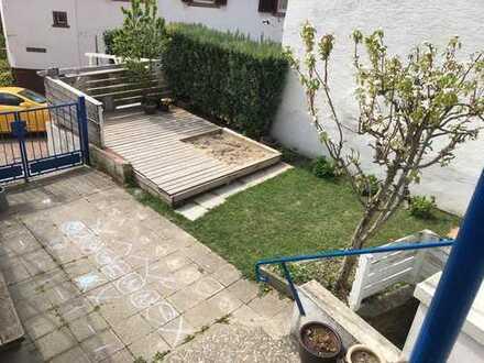 Kuscheliges Haus mit großer Terrasse und kleinem Garten - Großsachsen