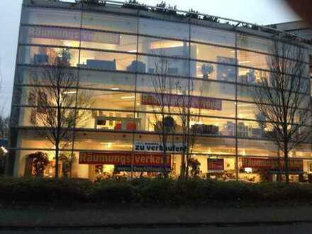 Große individuell nutzbare Laden-/ Bürofläche mit 1500 m² (erweiterbar)