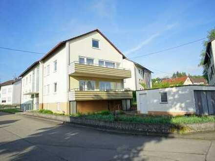 1-2 Fam.-Doppelhaushälfte mit ausbaufähigem Dachgeschoss und Doppelgarage