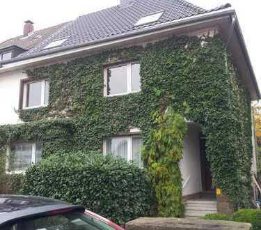 725 €, 93 m², 3 Zimmer