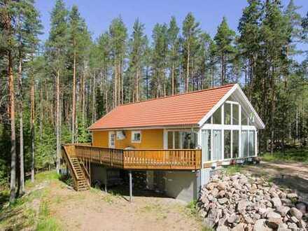 Schönes Haus mit sechs Zimmern bei Vimmerby im Wald