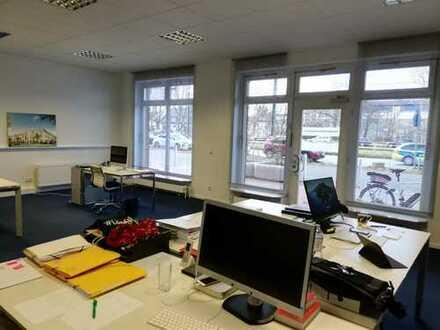 TOP Saniertes moderes Ladenlokal für Büro- oder Praxisnutzung im Düsseldorfer Norden