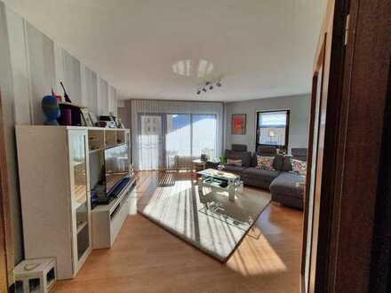 Schöne 3-ZKB Wohnung mit Balkon + Hobbyraum + zwei Tiefgaragenplätze nahe Rheinauer See