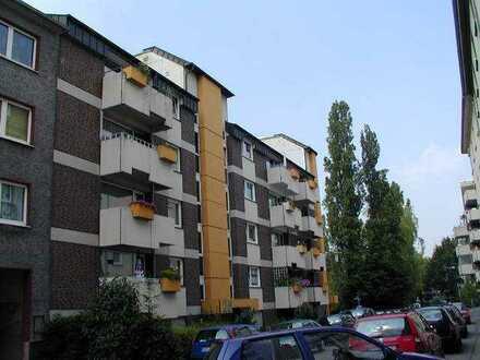 Kleine Single-Wohnung mit Balkon!