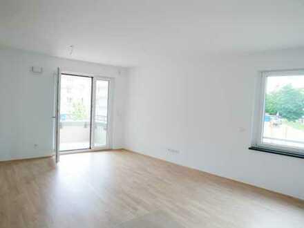 Erstbezug: ansprechende 4-Zimmer-Wohnung mit Balkon in Aubing, München