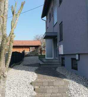 Attraktiv geschnittene 4 Zimmer Wohnung mit Balkon und Garten