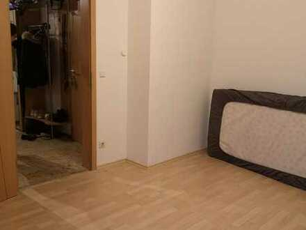 20 qm WG-Zimmer mit eigener Garage direkt in Riedenburg