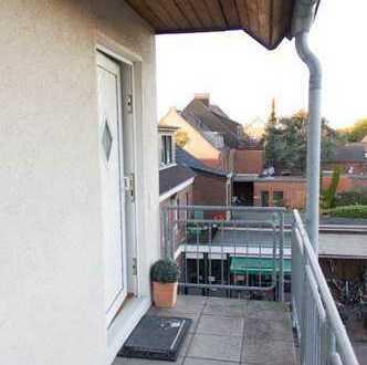 Schöne, geräumige zwei Zimmer Maisonette-Wohnung in Meerbusch (Lank-Latum)