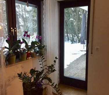 Zwischenmiete für 6-9 Monate in Gilching: 3-Zi Wohnung mit herrlichem Garten und exklusiver Küche!