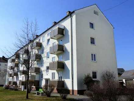 Kapitalanleger gesucht!!! Günstige 3 Zi.-ETW mit Balkon und schöner Aussicht, derzeit vermietet.