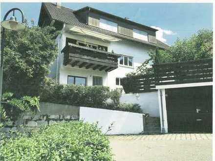 Freistehendes Einfamilienhaus mit 8 Räumen - ideal für Großfamilie in ruhiger sonniger Ortsrandlage