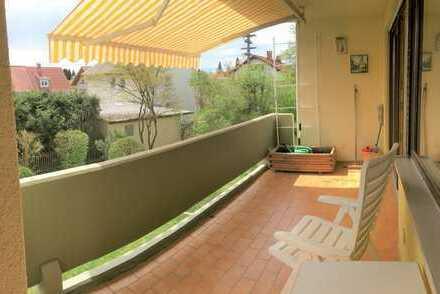 Sonnige 2 1⁄2 Zi. Whg. mit gr. Süd Balkon + Garage