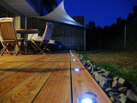 Genießen Sie Ihren Feierabend bei Sonnenuntergang auf Ihrer Terrasse