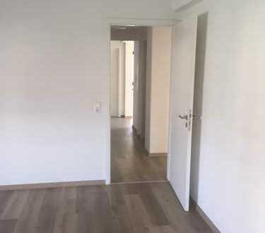 Erstbezug nach Sanierung mit Balkon: ansprechende 3-Zimmer-Terrassenwohnung in Herxheim