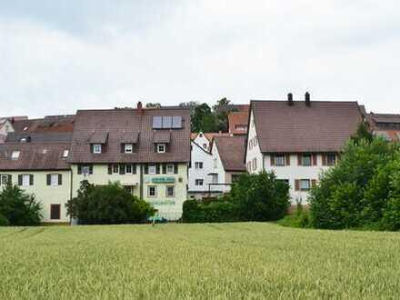730 m² Grundstück mit einem 2-Familienhaus und einem großen Gasthaus in Weil der Stadt-Schafhausen