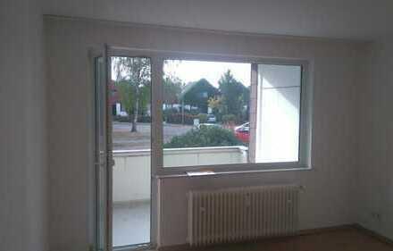 !Schicke Wohnung mit Balkon und neuem Badezimmer!