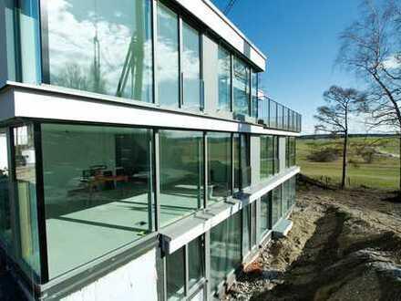 Modernes, lichtdurchflutetes, Architektenhaus. Hanglage mit grandiosem Gebirgsblick aus allen Räumen