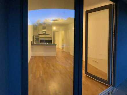 Exklusive, neuwertige 2-Zimmer-Wohnung mit Balkon und EBK in Friedrichsfelde (Lichtenberg), Berlin