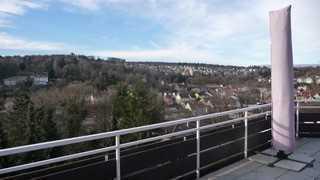 Neuwertige 4- Zimmer Penhouse Wohnung mit Balkon und EBK in Pforzheim/ Rodgebiet Südweststadt