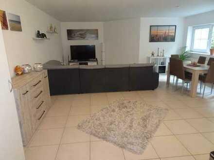 Dittelsheim Hessloch , Schicke 2 - Zimmer - Wohnung mit Einbauküche