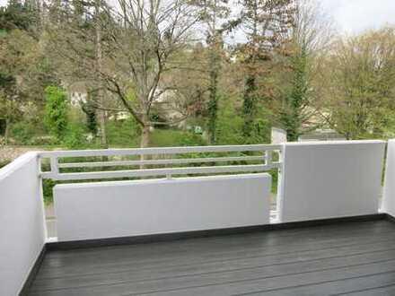 HA-Eilpe: frisch sanierte 3 Zi.-Whg. (ca. 81 m²) mit gr. Balkon
