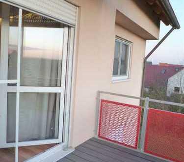 Sehr schöne 4Z Wohnung mit schicker EBK und Balkon