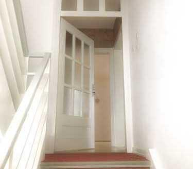 Schöne, helle 4-Zi-Wohnung mit Einbauküche und Balkon in Arheilgen