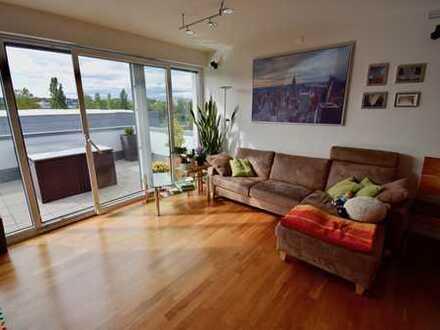Seltenheit: Neuwertige 3- Zimmer-Penthouse-Maisonette-Wohnung mit 2 Dachterrassen