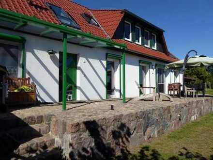 Natur pur: Traumhafter Seeblick auf den Stuerschen See u. natürliches Wohnen im Landhausstil