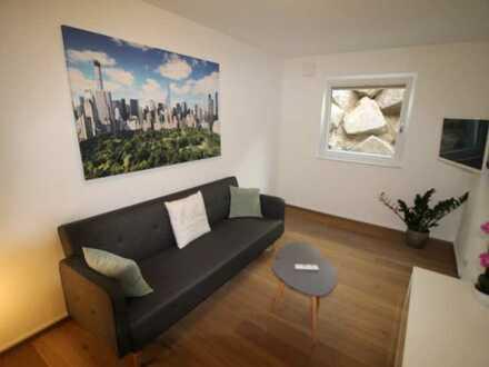 möbilierte hochwertig Neubau Souterrain Wohnung in bester Lage