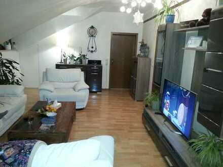 Komfortable, großzügige, helle 3 Zimmer Wohnung in Schwandorf