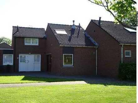 Preiswertes Ferienhaus mit einem Grundstück