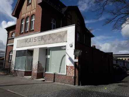 Historisches Kaiser´s Kaffeegeschäft in Berlin-Spandau direkt vom Eigentümer