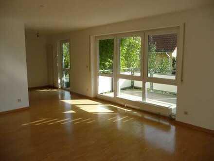 Sonnige 3,5-Zimmer-Wohnung mit Balkon in Bondorf