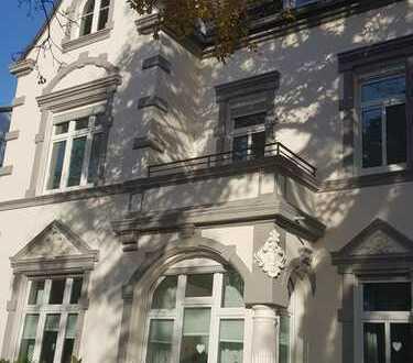 Außergewöhnliche 3-Zimmer-Altbauwohnung im Zentrum von Unna, top-saniert