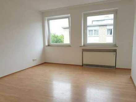 Single-Appartement, hell, Kochnische