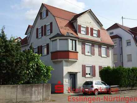 Wohnung mit Altbaucharme / Kernsanierung 1992