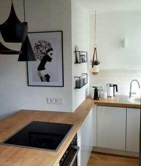 Südstadt: Hochwertige vollmöblierte 1-Zimmer-Wohnung inkl. aller Nebenkosten nach Kernsanierung