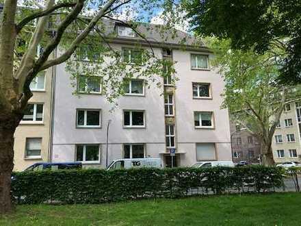 Sanierte 3,5 Zimmer Wohnung mit Balkon in Dortmund - City