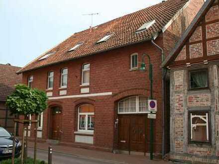 Schöne acht Zimmer Wohnung in Schaumburg (Kreis), Sachsenhagen