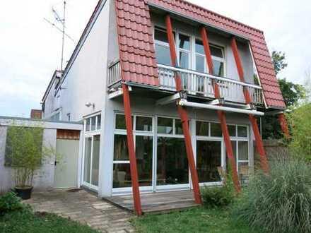 Haus mit sechs Zimmern in Baltmannsweiler