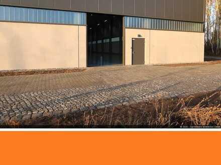 KFZ-Sammler: Exklusive Halle für 44 KFZ mit Umfahrungsmöglichkeit nördl. von Berlin